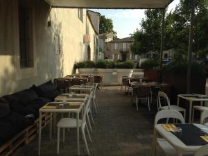 B&B Bloc G, Bed and Breakfasts  Carcassonne - big - 35