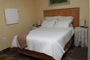 Timosha Guest House, Pensionen  Kempton Park - big - 4