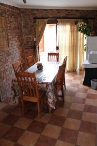 Timosha Guest House, Pensionen  Kempton Park - big - 20