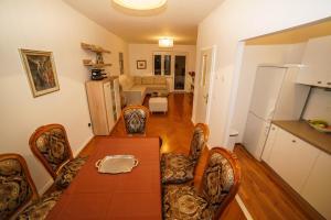 Villa Alithia, Apartmány  Split - big - 23