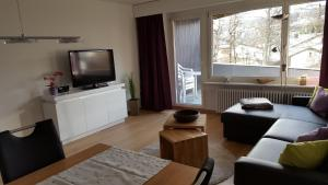 Alpen-Fewo, Residenza Quadra 225, Apartments  Flims - big - 7