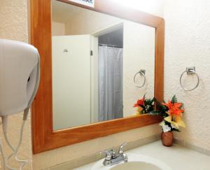 Hotel Santo Tomas, Hotely  Ensenada - big - 4