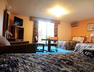 Hotel Santo Tomas, Hotely  Ensenada - big - 37