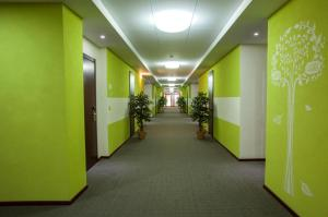 Green Hall Hotel, Hotel  Kamensk-Ural'skiy - big - 20
