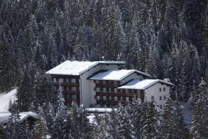 Residence Edelweiss - AbcAlberghi.com