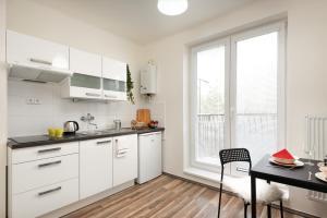 Henry Apartment, Apartmanok  Prága - big - 4