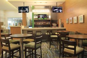 Hampton Inn by Hilton Villahermosa, Отели  Вильяэрмоса - big - 37