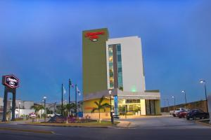 Hampton Inn by Hilton Villahermosa, Отели  Вильяэрмоса - big - 17