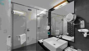 Comfort Inn Sunset, Hotels  Ahmedabad - big - 11