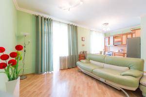 Apartment Timiryazeva 4