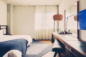 Værelse med kingsize-seng
