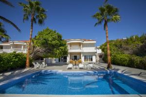 Sunset Meneou Villa, Дома для отпуска  Периволия - big - 2