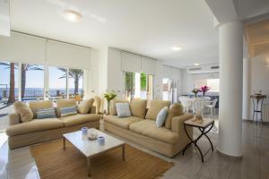 Sunset Meneou Villa, Дома для отпуска  Периволия - big - 50