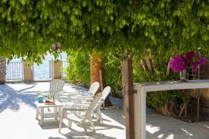 Sunset Meneou Villa, Дома для отпуска  Периволия - big - 66