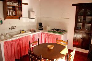 TUGASA Casas Rurales Castillo de Castellar, Vidiecke domy  Castellar de la Frontera - big - 13
