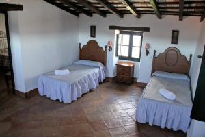 TUGASA Casas Rurales Castillo de Castellar, Vidiecke domy  Castellar de la Frontera - big - 4