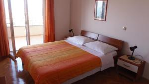 Apartment House Nono, Apartmány  Povljana - big - 32