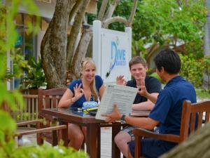 Bandos Maldives, Resorts  Male City - big - 54