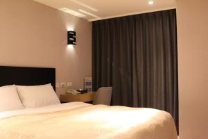 E-House Xining Branch, Hotels  Taipei - big - 25