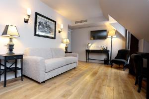 Junior Suite - Top Floor