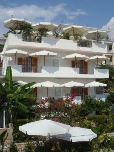 Ionian View, Apartments  Himare - big - 47