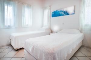 Adikri Villas & Studios, Aparthotels  Tourlos - big - 8