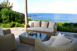 Beach Villa Pantheon, Vily  Pomos - big - 79