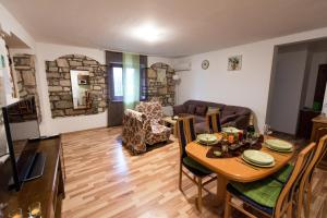 Apartment Stancija Rosello, Appartamenti  Novigrad Istria - big - 11