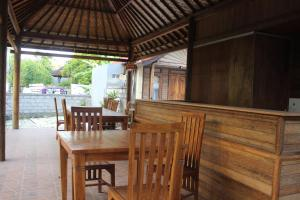 Surya Home Stay, Priváty  Nusa Lembongan - big - 28