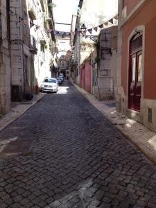 FADO Bairro Alto - SSs Apartments, Апартаменты  Лиссабон - big - 33