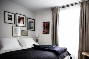 "Standard Double Room ""Pigalle 15"""