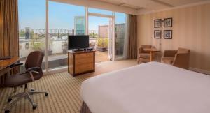 Apartament typu Suite z tarasem i dostępem do salonu