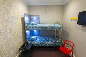 Twin Room with Bunk Bed Private Room - Private Bath