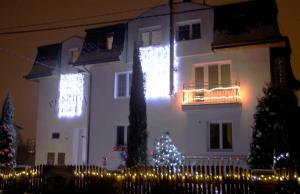 Villa Anastazis - Penzion Eden, Guest houses  Karlovy Vary - big - 99
