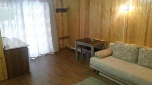 Holiday House on Lugovaya street, Holiday homes  Novoabzakovo - big - 42