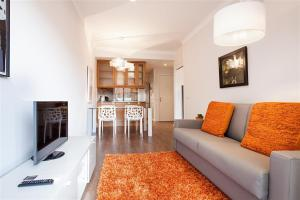 Friendly Rentals Gaudi Dream, Apartments  Barcelona - big - 2
