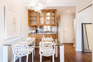 Friendly Rentals Gaudi Dream, Apartmanok  Barcelona - big - 3