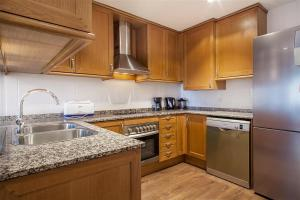 Friendly Rentals Gaudi Dream, Apartmanok  Barcelona - big - 6
