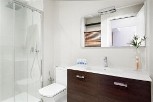 Friendly Rentals Gaudi Dream, Apartmanok  Barcelona - big - 9
