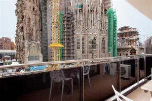 Friendly Rentals Gaudi Dream, Apartments  Barcelona - big - 11