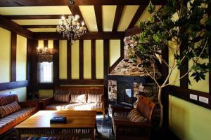 Tudor Dynasty Homestay, Проживание в семье  Yanliau - big - 11
