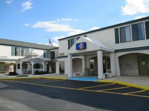 Econo Lodge Newark