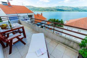 Apartment Ivona, Apartmány  Trogir - big - 7
