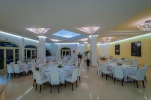 Hotel Ristorante Alla Vittoria, Szállodák  Solferino - big - 52