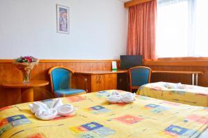 Hotel Olympik, Отели  Прага - big - 17