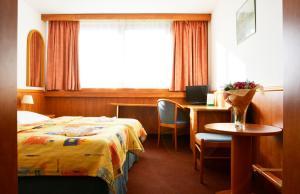 Hotel Olympik, Отели  Прага - big - 10