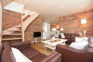 Ho Three-Bedroom Apartment 05, Dovolenkové parky  Blåvand - big - 37