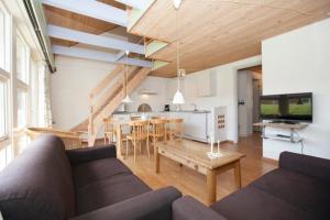 Ho Three-Bedroom Apartment 05, Dovolenkové parky  Blåvand - big - 24