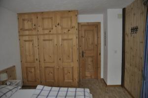Chesa Viletta, Apartments  La Punt-Chamues-ch - big - 29