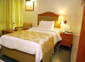 Sarovar Portico Ahmedabad, Hotels  Ahmedabad - big - 71